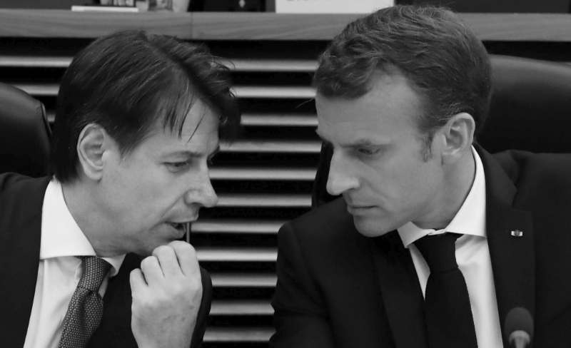Emmanuel Macron and Giuseppe Conte, during his visit to Paris mid-June.